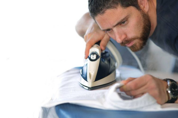 Removing wrinkles effectively How to choose an ironing board
